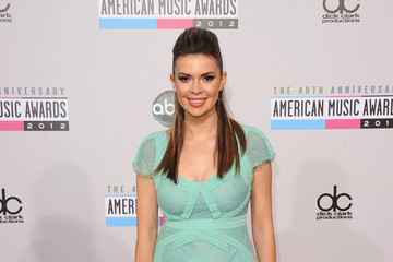 Carly Steele The 40th American Music Awards - Arrivals