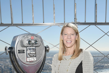 Carolyn Miles Save the Children Lights Up Empire State Building for International Day of the Girl