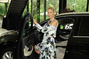 Carolyn Murphy Buick Celebrates The New Envision With Buick Studio Envision In The Hamptons