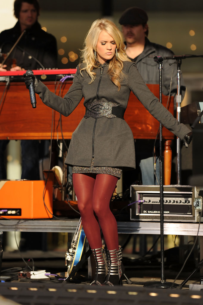 Carrie Underwood Photos Photos Carrie Underwood Performs