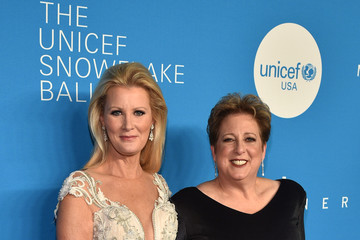 Caryl M. Stern 13th Annual UNICEF Snowflake Ball 2017 - Arrivals