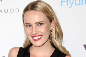 Cassidy Gard Neutrogena Hydro Boost + MyHabit Oscar Party
