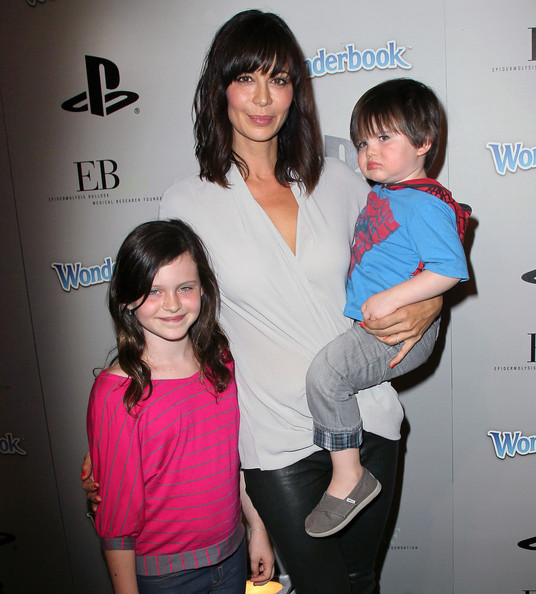 Photo of Catherine Bell & her Daughter  Gemma Beason