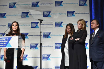 Catherine Keener RFK Ripple Of Hope Gala - Inside