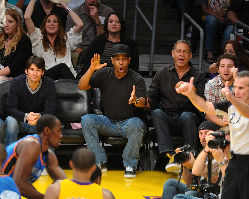Celebrities At The Lakers Game - ZimbioLakers Game