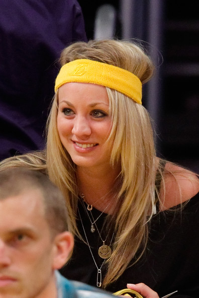 Kaley Cuoco attends a game between the Utah Jazz and the Los Angeles Lakers at Staples Center on May 4, 2010 in Los Angeles, California.