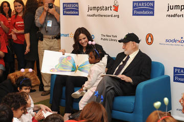 Eric Carle Celebrities Join Jumpstart's Read For The Record At New York Public Library