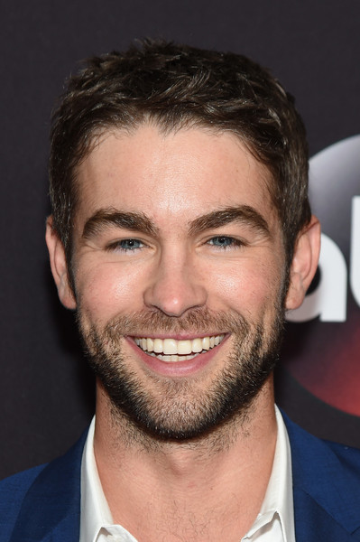 Chace Crawford Photos Photos - 2015 ABC Upfront - Arrivals ... Ed Westwick Girlfriend