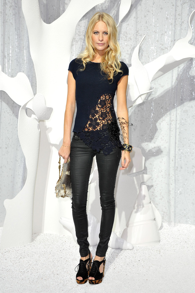 Poppy Delevingne Photos Photos - Chanel: Front Row