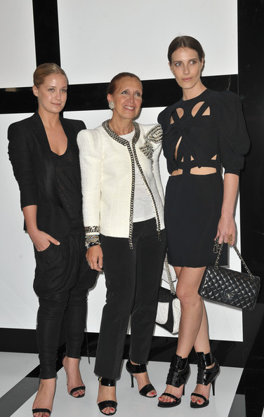 (L-R) Gaia Repossi, Danielle Steel and Marie-Agnes Gillot arrive at Chanel during Paris Fashion Week Haute Couture A/W 2009/10 at Grand Palais on July 7, 2009 in Paris, France.