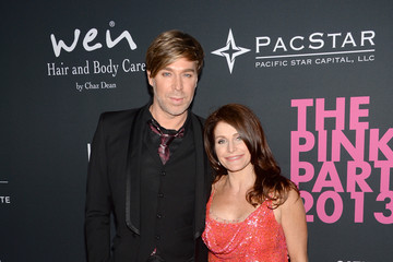 Chaz Dean Joanne Dean Elyse Walker Presents The Pink Party 2013 Hosted By Anne Hathaway - Arrivals