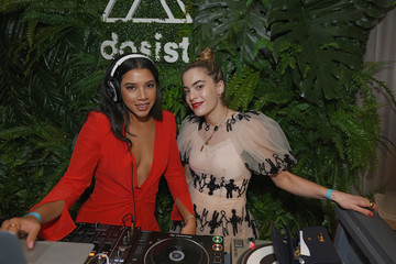 Chelsea Leyland Dosist & Soho House Host: The Intersection Of Wellness & Creativity With Hannah Bronfman, Majid Jordan And Taylor Patterson During Art Basel Miami 2018