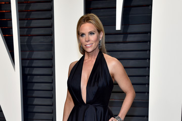 Cheryl Hines 2017 Vanity Fair Oscar Party Hosted By Graydon Carter - Arrivals