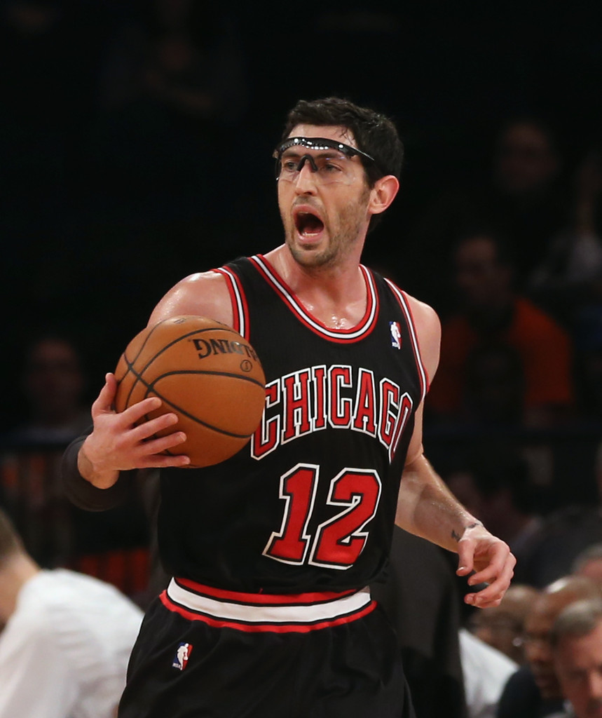 Kirk Hinrich Photos Photos - Chicago Bulls v New York ...