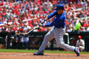 Anthony Rizzo #44 of the Chicago Cubs hits an RBI single against the St. Louis Cardinals in the second inning at Busch Stadium on May 5, 2018 in St. Louis, Missouri.