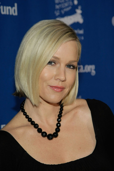 blonde bob hairstyles. Jennie Garth#39;s Blonde Bob