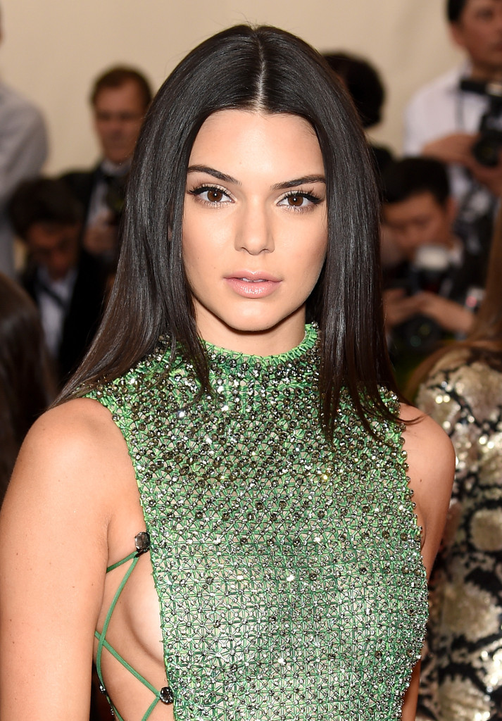 Kendall Jenner Photos China Through The Looking Glass