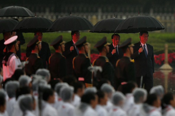 - Chinese Leaders Attend Flower basket laying 91dQQh0Qutfl