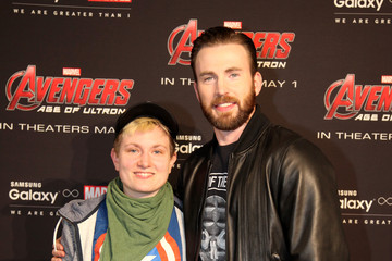 Chris Evans Samsung Galaxy Studio Hosts Chris Evans Fan Meet-and-Greet