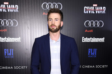 Chris Evans The Cinema Society With Audi & FIJI Host a Screening of Marvel's 'Captain America: Civil War'- Arrivals