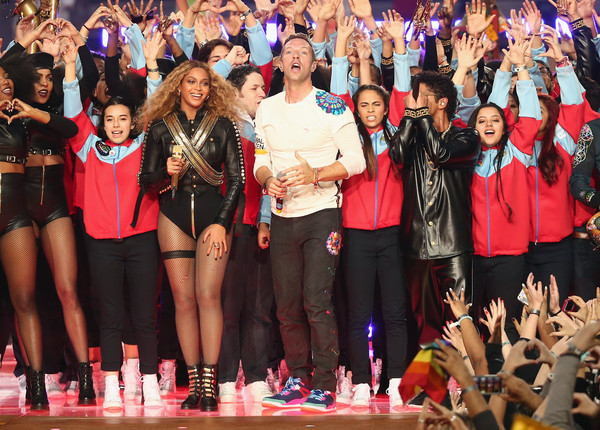 Pepsi Super Bowl 50 Halftime Show [pepsi super bowl 50 halftime show,event,product,performance,fashion,crowd,cheering,audience,fan,competition,team,beyonce,bruno mars,chris martin,l-r,santa clara,california,levis stadium,coldplay]