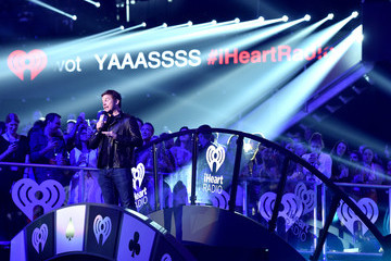 Chris Pratt 2014 iHeartRadio Music Festival - Night 2 - Show