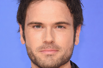 Chuck Wicks 49th Annual CMA Awards - Arrivals