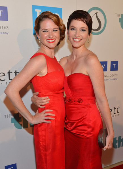 http://www4.pictures.zimbio.com/gi/Chyler+Leigh+Thirst+Project+3rd+Annual+Gala+lcsRGdBSyS4l.jpg