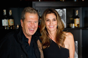Cindy Crawford Casamingos Tequila and Cindy Crawford Book Launch Party - Red Carpet Arrivals