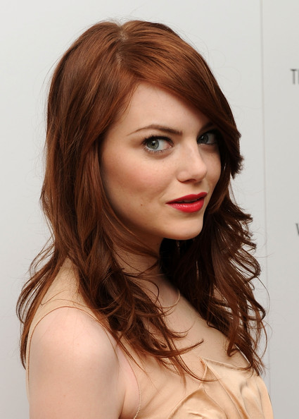emma stone haircut zombieland. Emma Stone Long Curls 2010