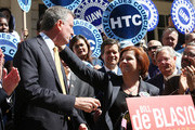 Christine Quinn (C), New York City Council Speaker and former mayoral hopeful, smiles with Democratic Party nominee Bill de Blasio (L), at a news conference where Quinn endorsed de Blasio outside City Hall on September 17, 2013 in New York City. De Blasio will face Republican Joseph Lhota in the general mayoral election November 5, 2013, with the winner succeeding current Mayor Michael Bloomberg.