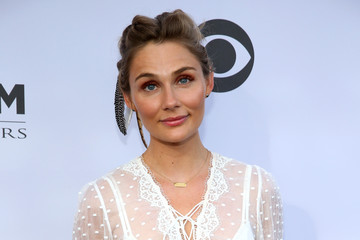 Clare Bowen 11th Annual ACM Honors - Red Carpet