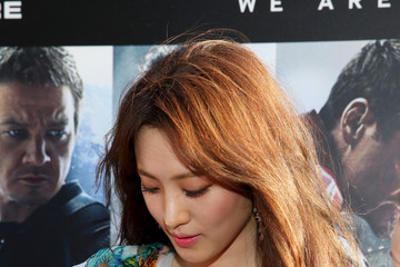 Claudia Kim Samsung Celebrates The Release of 'Avengers: Age Of Ultron'
