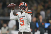 Tyrod Taylor #5 of the Cleveland Browns warms up before the start of the game against the New Orleans Saints at Mercedes-Benz Superdome on September 16, 2018 in New Orleans, Louisiana.