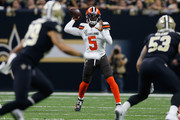 Tyrod Taylor #5 of the Cleveland Browns throws the ball during the first quarter against the New Orleans Saints  at Mercedes-Benz Superdome on September 16, 2018 in New Orleans, Louisiana.