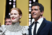 """(L-R) Emily Beecham, winner of the Best Actress award for her role in """"Little Joe"""" and Antonio Banderas, winner of the Best Actor award for his role in """"Dolor y Gloria"""",  pose on stage at the Closing Ceremony during the 72nd annual Cannes Film Festival on May 25, 2019 in Cannes, France."""