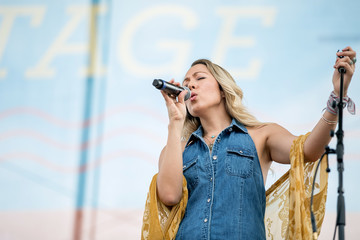 Colbie Caillat 2019 CMA Music Festival - Day 4