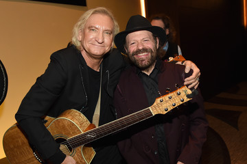 Colin Linden T.J. Martell Foundation 8th Annual Nashville Honors Gala - Show