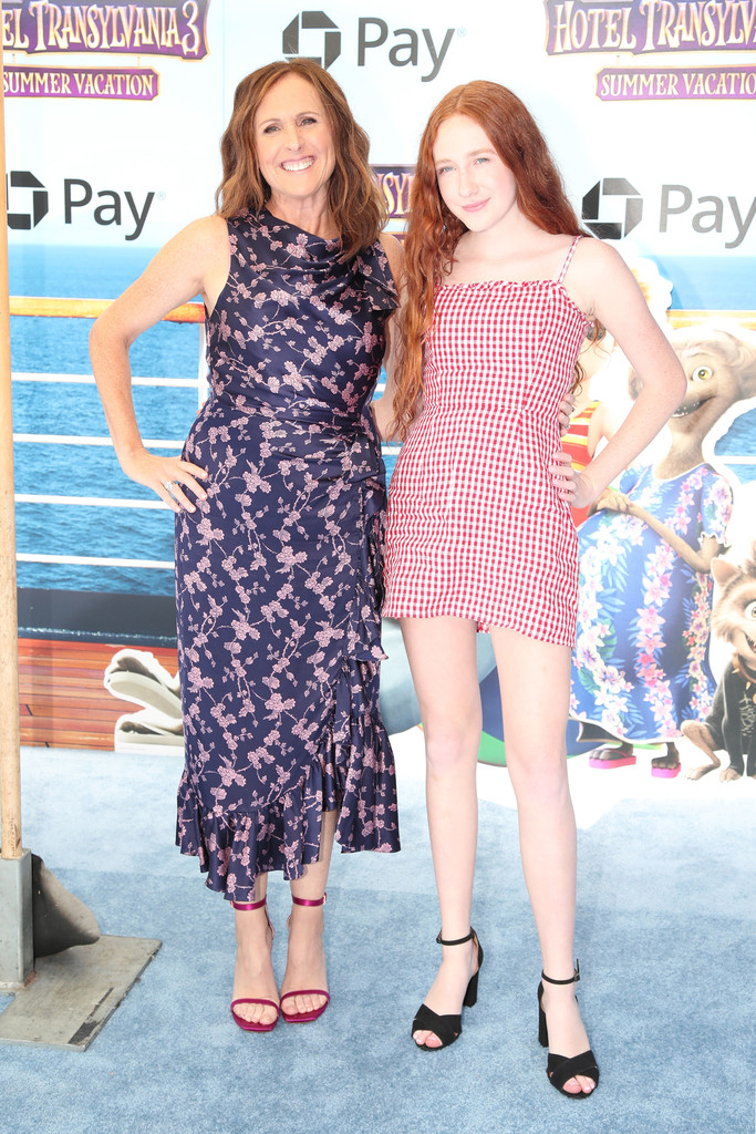 Photo of Molly Shannon  & her Daughter  Stella Shannon Chesnut