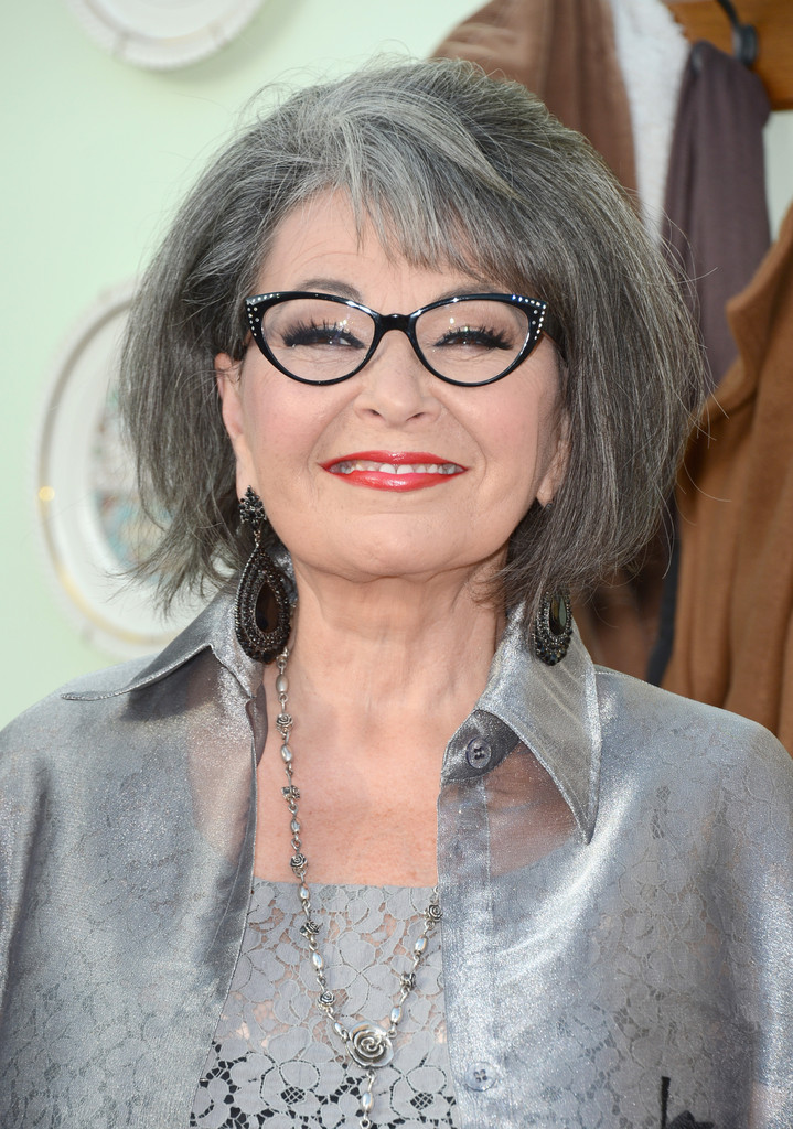Roseanne Barr Photos Photos - Comedy Central Roast Of