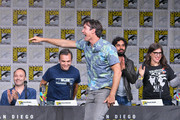 "Jerry O'Connell (C) with (L-R) Steven Molaro and Steve Holland, Kunal Nayyar and Mayim Bialik speak onstage at Inside ""The Big Bang Theory"" Writers' Room during Comic-Con International 2018 at San Diego Convention Center on July 20, 2018 in San Diego, California."