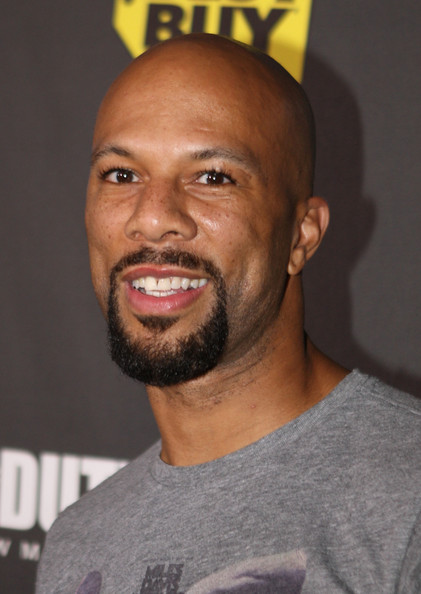 common rapper shirtless. common rapper style.