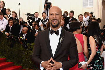 Common 'China: Through The Looking Glass' Costume Institute Benefit Gala - Arrivals