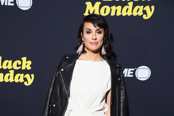 Constance Zimmer Premiere Of Showtime's 'Black Monday' - Arrivals