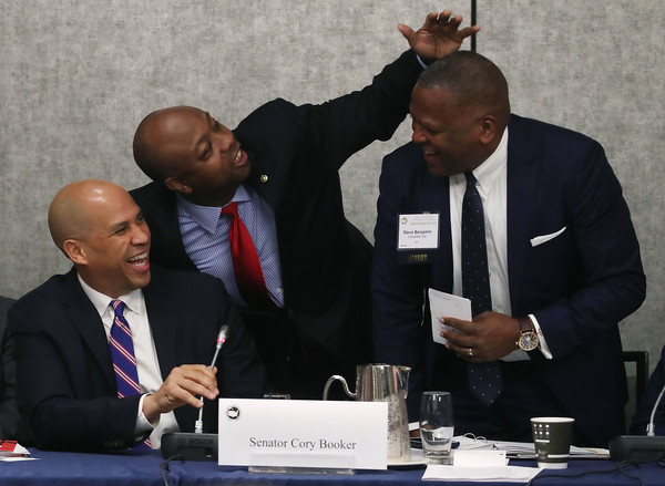 Cory Booker Photos Photos - Annual U.S. Conference Of ...