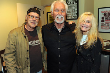 Kim Carnes Country Music Hall Of Fame And Museum's 2012 Artist-in-Residence - Kenny Rogers