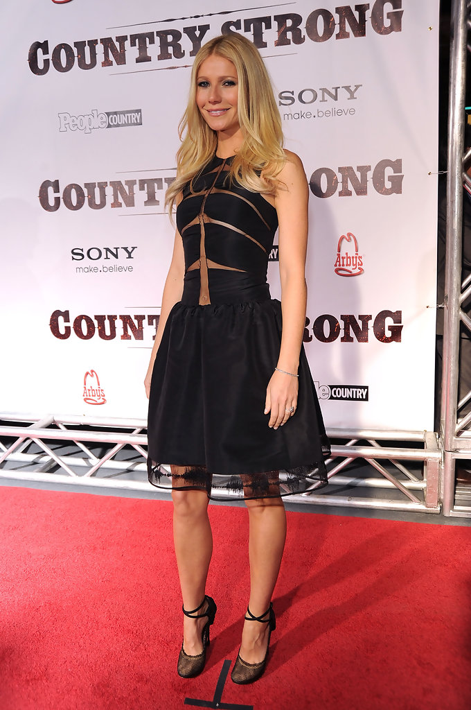 Gwyneth Paltrow Photos Photos - Country Strong Premiere ...