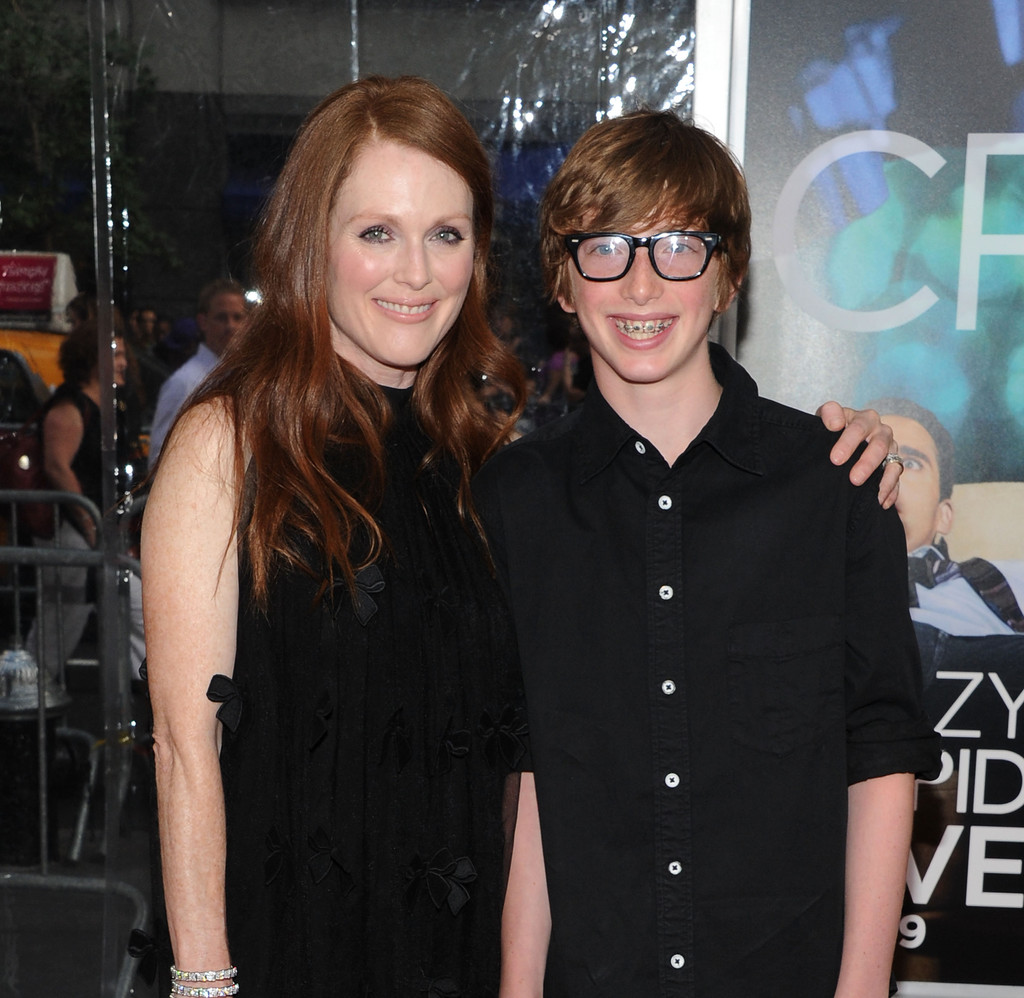 Photo of Julianne Moore & her Son  Caleb