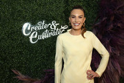Elizabeth Chambers attends Create & Cultivate Los Angeles at Rolling Greens Los Angeles on February 22, 2020 in Los Angeles, California.