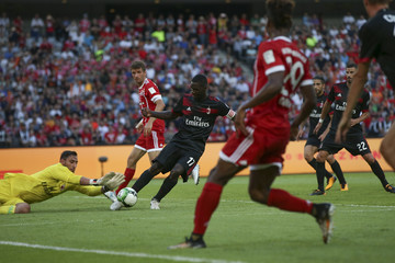 Cristian Zapata FC Bayern v AC Milan - 2017 International Champions Cup China